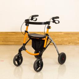 速度調整機能付歩行器、室内向け歩行器